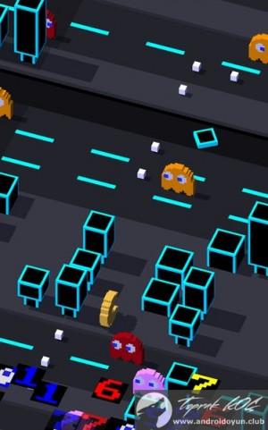 crossy-road-v1-3-0-mod-apk-para-karakter-hileli-1