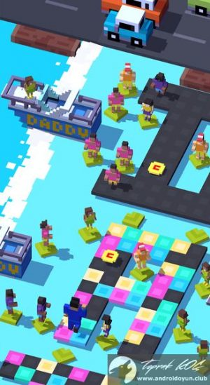 crossy-road-v2-0-1-mod-apk-karakter-para-hileli-3